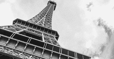 La Tour Eiffel, une vieille dame dans le vent