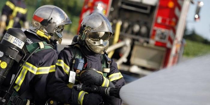 Idées vertes - Recyclage tenues pompiers