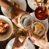 Déjeuner, afterwork… comment recycler le verre en entreprise